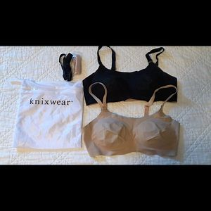 Two Knix padded 8 in 1 evolution bras
